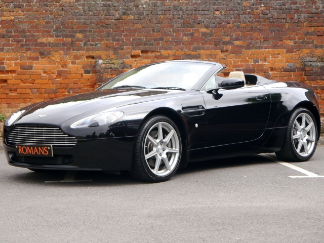 Pre-Owned ASTON MARTIN