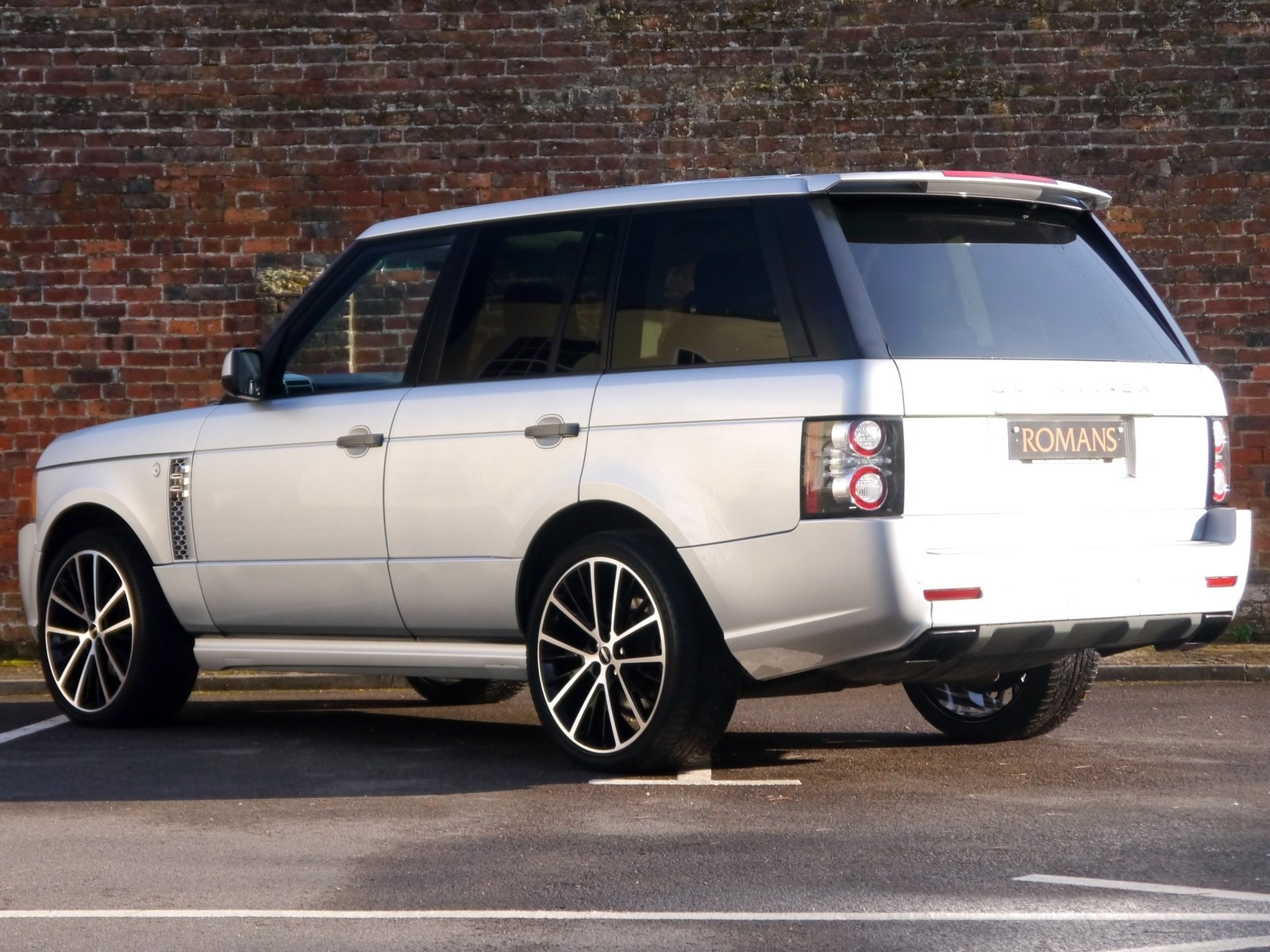 land rover range rover vogue tdv8 overfinch body styling. Black Bedroom Furniture Sets. Home Design Ideas