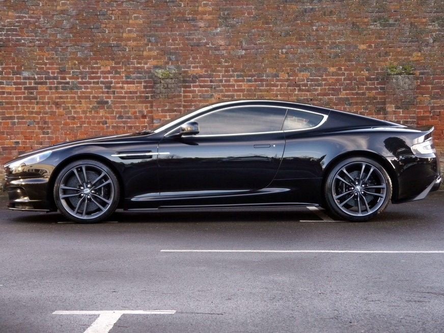 Aston Martin Dbs V12 Touchtronic Carbon Black Edition
