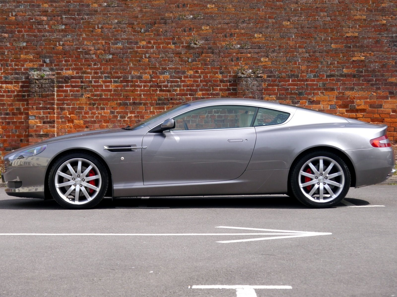 Aston Martin DB9 V12 Coupe Touchtronic Linn Audio Sat Nav for Sale