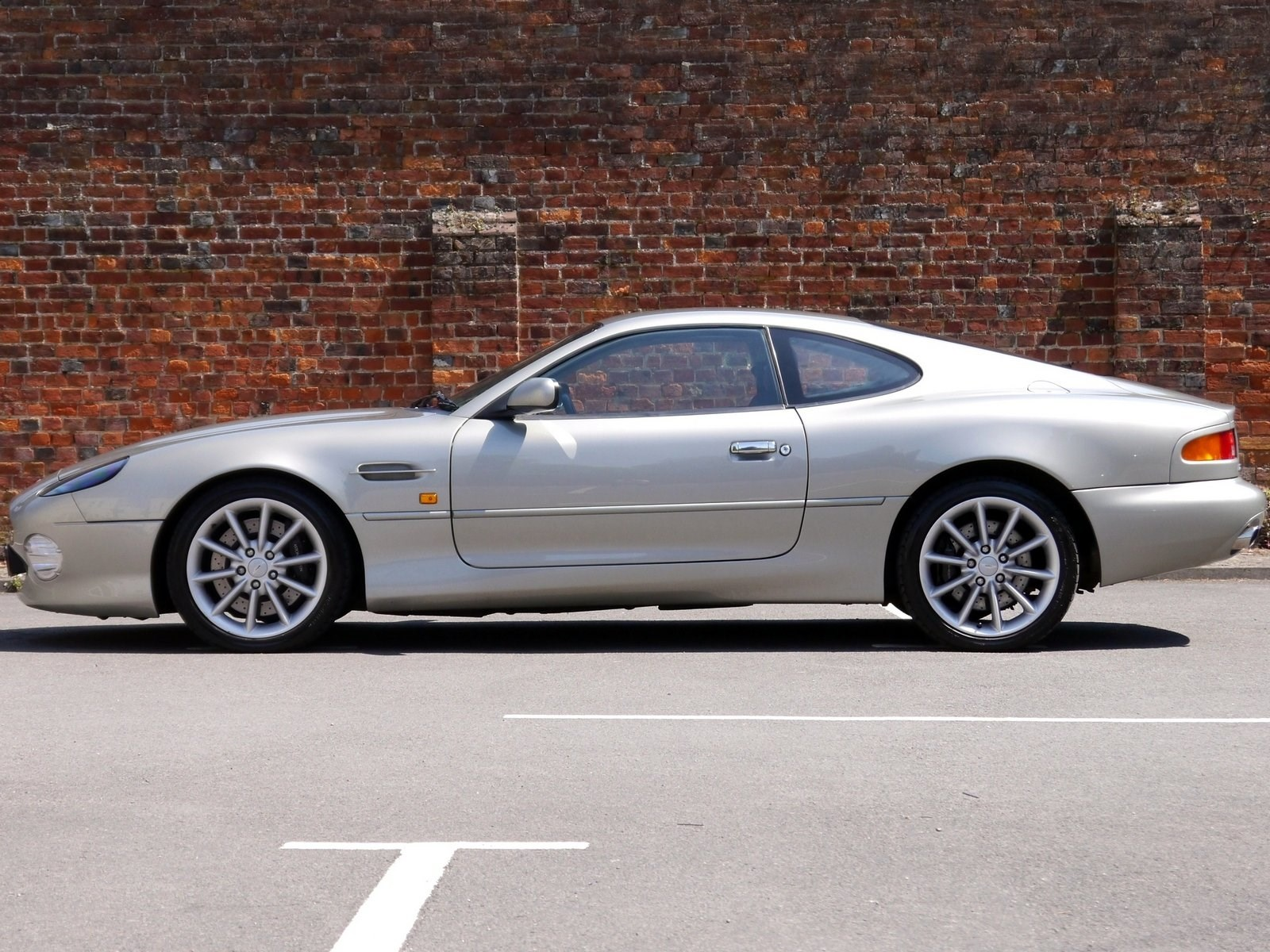 aston martin db7 vantage 6.0 v12 touchtronic - rare colour for sale