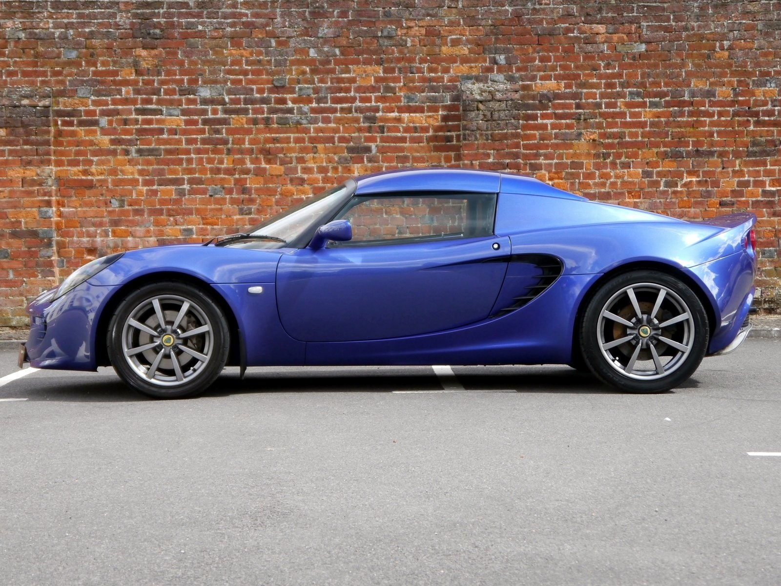 lotus elise 111r hard top 189 bhp investment opportunity for sale. Black Bedroom Furniture Sets. Home Design Ideas