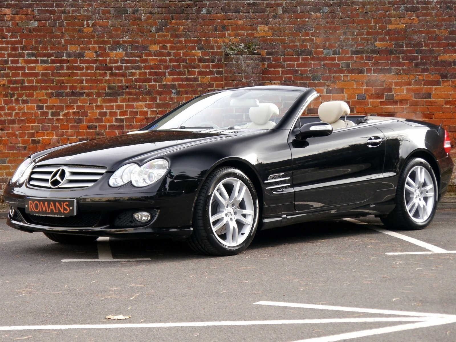 Mercedes benz sl 350 7g tronic panoramic roof fsh for sale for Mercedes benz sl 350 price